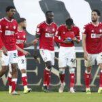 Phillip Biling, do Bournemouth, comemora o gol contra o Rotherham United no campeonato em 17 de fevereiro de 2021