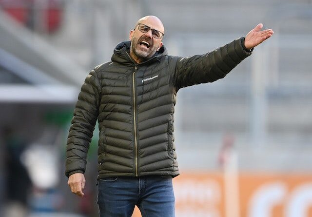 Moussa Diaby do Bayer Leverkusen retratada em janeiro de 2021
