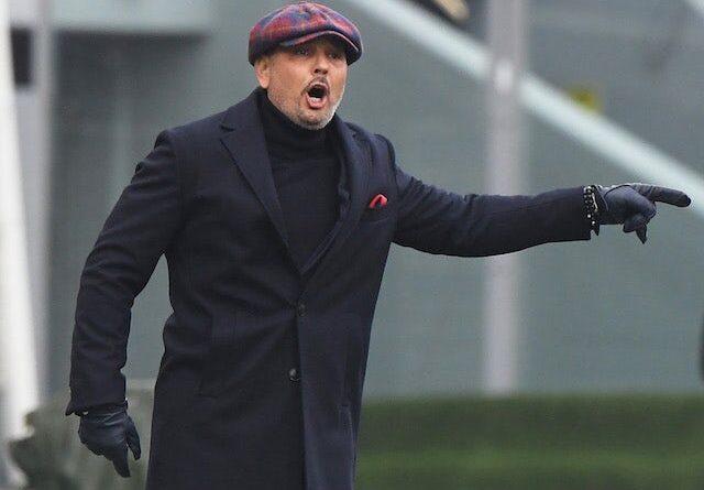 O meio-campista do Bologna, Mattias Svanberg, enfrentou o atacante do Inter de Milão, Alexis Sanchez, em julho de 2020.