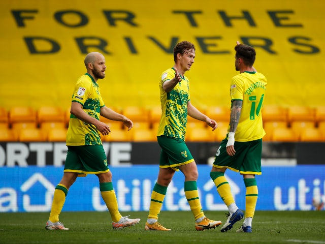 Norwich City's Kieran Dowell scores his first goal against Reading in the Championship on May 1, 2021