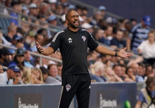 Colorado Rapids head coach Robin Fraser reacts on June 24, 2021