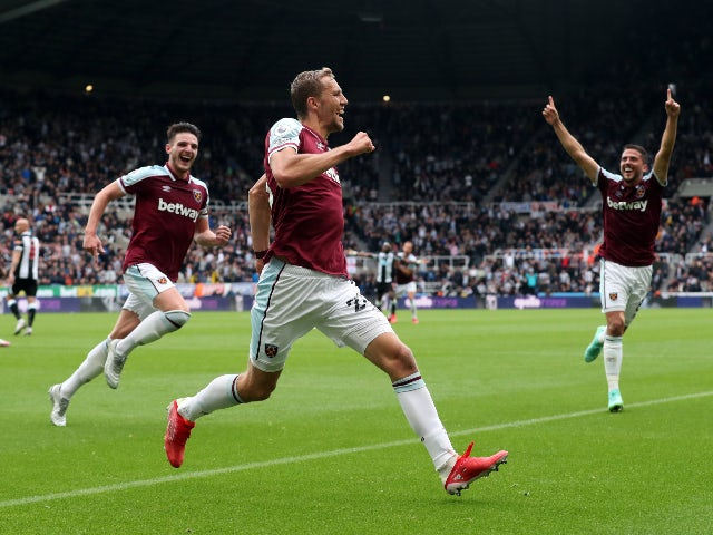 Tomas Soucek celebrates his goal for West Ham United against Newcastle United in the Premier League on August 15, 2021