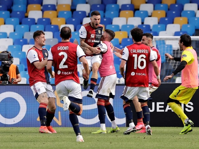 Cagliari's Nahitan Nandez will celebrate his first goal with his teammates on May 2nd, 2021