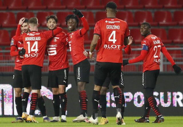 Clement Grenier from Rennes will celebrate his first goal with his teammates on January 9, 2021