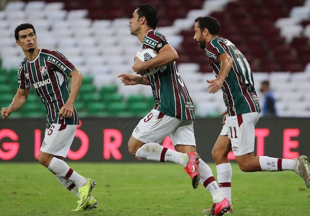 Fred von Fluminense will celebrate his second goal with his teammates on August 13, 2021