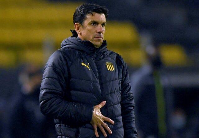 Penarol head coach Mauricio Larriera pictured on July 22, 2021