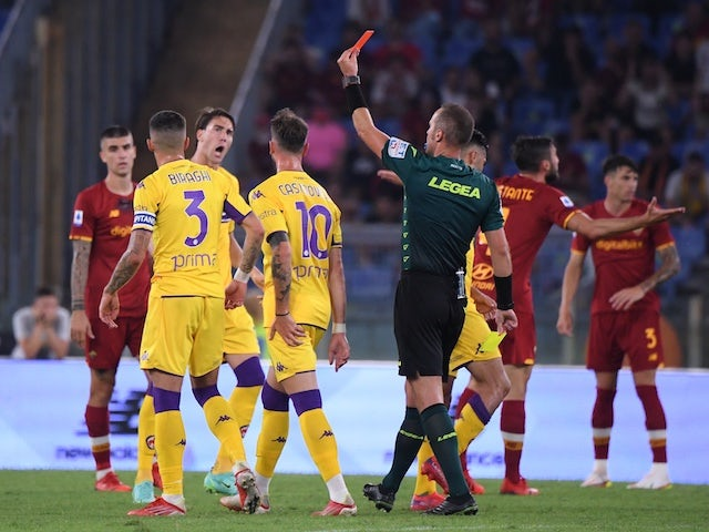 Roma's Nicolo Zaniolo sees the red card from referee Luca Pairetto on August 22, 2021