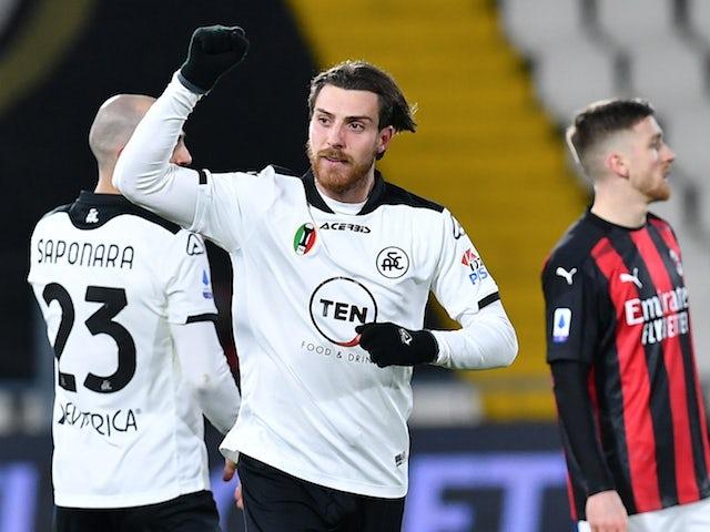 Simone Bastoni from Spezia will celebrate his second goal on February 13, 2021