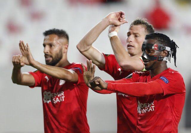 Sivasspor's Olarenwaju Kayode celebrates a goal against Qarabag in the Europa League on November 5, 2020