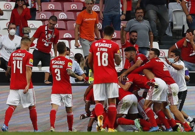Benfica's Gilberto celebrates his second goal with his teammates in August 2021